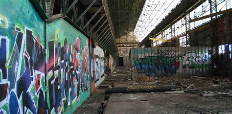 hangar a vendre 78 le hangar cpm de la seyne sur mer et peinture