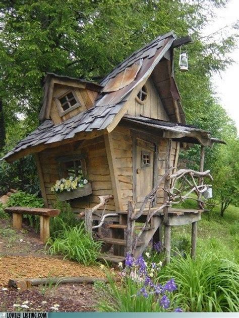 build  crooked playhouse woodworking projects