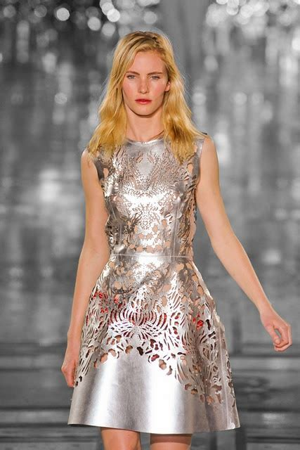 Shiny Fashion Tv Giles Deacon Gold by 18 Best Printdigit Gilesdeacon Images On Giles