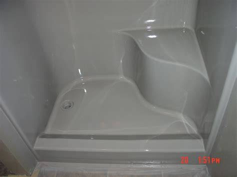 how to repair fiberglass bathtub reglazing sles bathtub reglazing tub refinishing
