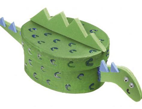 dinosaur box how to make a dinosaur box