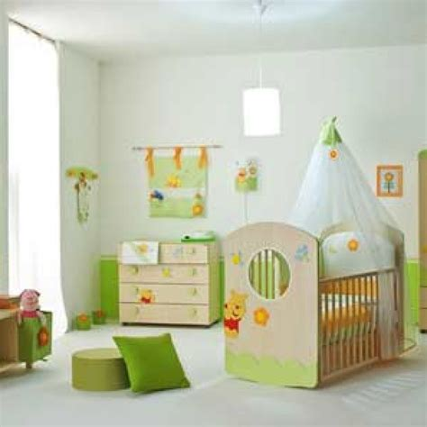 Tempat Tidur Bayi Second tempat tidur yang aman dan direkomendasikan untuk bayi