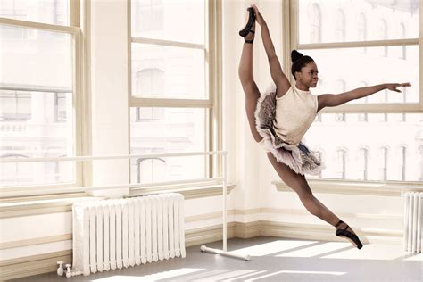 libro chicas bailarinas defying gravity teen ballerina michaela deprince teen vogue