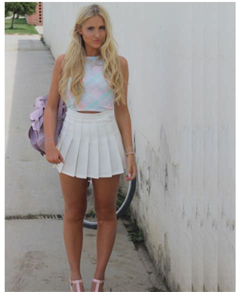 fashion with white pleated s mini skirt 1