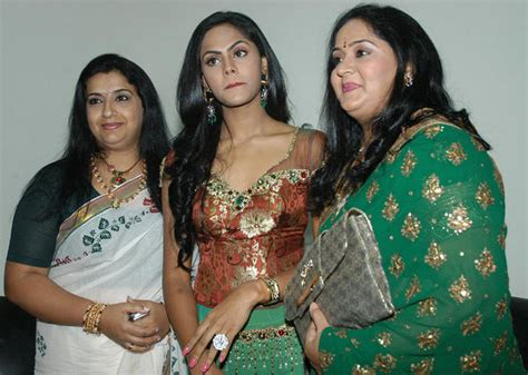 old heroine lakshmi family photos karthika radha family photo1 entertainment corner