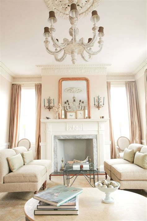 rooms to go charleston sc best 25 charleston homes ideas on white homes south carolina homes and southern homes