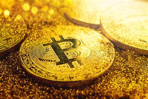 images of gold is it time to own gold or bitcoin