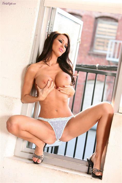 Sandee Westgate Strips Fully Nude Coed Cherry