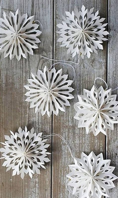 How To Make A Decorations Out Of Paper - best 25 paper snowflakes ideas on 3d paper