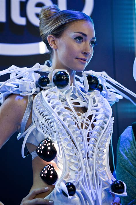 News Fashion Goes High Tech by Amazing New Technologies From Ces 2015 Worth A Second Look
