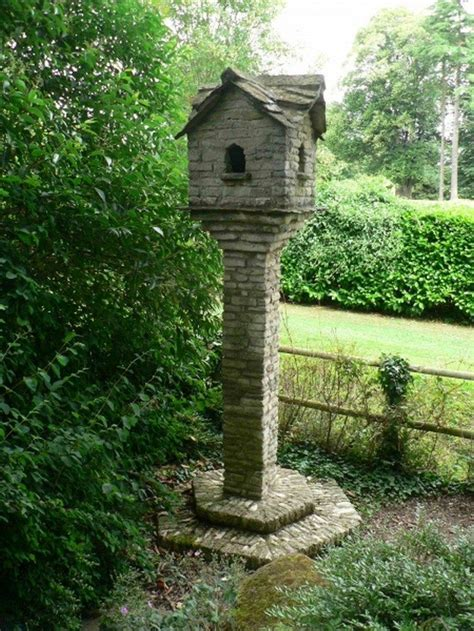 Permalink to Wooden Birdhouse On Stand Pictures