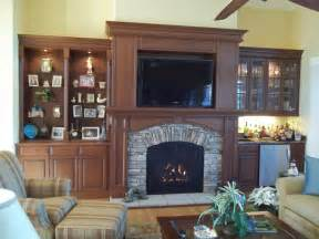 a mendota dxv45 high efficiency gas fireplace with arched