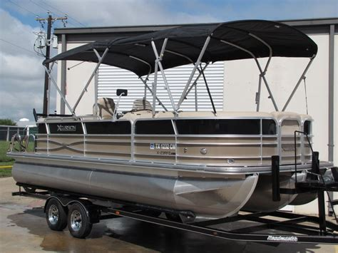 xcursion pontoon boat prices xcursion x 23 rfe tritoon 2015 for sale for 8 989 boats