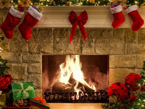 free fireplace christmas photos new year fireplace new year screensaver fullscreensavers