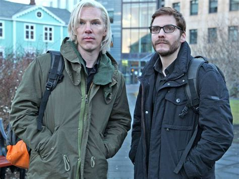 The Fifth Estate the fifth estate trailer bill condon on julian assange