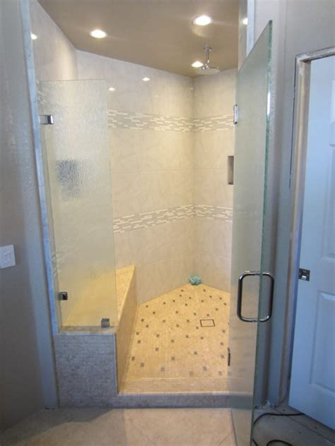 Raindrop Glass Shower Door Raindrop Glass Shower Door Glass Jpg Shower Door Glass Types And Styles Remodeling Kitchens