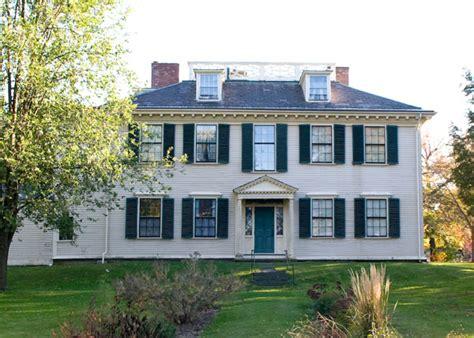 desain interior rumah gaya amerika keindahan rumah gaya kolonial di amerika desain caroldoey
