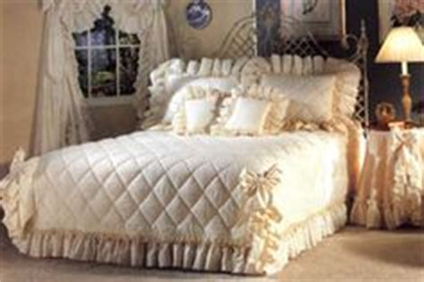 victorian bedspreads and curtains 1000 images about victorian bedspreads on pinterest