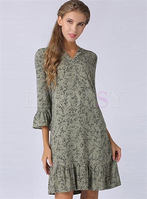 Sleeve V Neck Shift Dress three quarter sleeve v neck shift dress ezpopsy