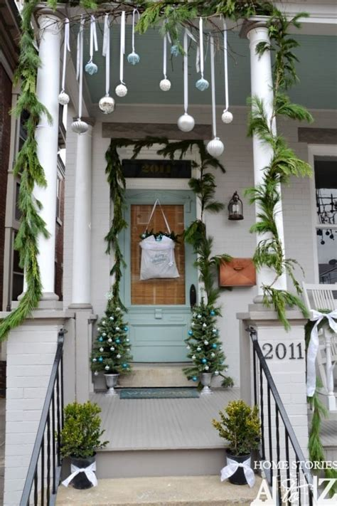 50 stunning christmas porch ideas style estate