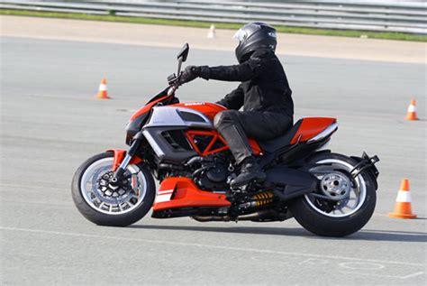 Motorrad Fahrsicherheitstraining Ohne Motorrad by Motorrad Fahrsicherheitstrainings