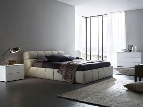 Leather Platform Bed Nuvola Leather Platform Bed