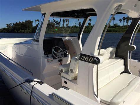 barche con cabina 360 per edgewater barche a motore report
