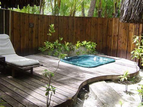 vasche idromassaggio esterno 30 fantastiche vasche idromassaggio da esterno