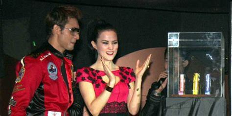 Parfum Lelga agnes selebriti indonesia yang luncurkan parfum