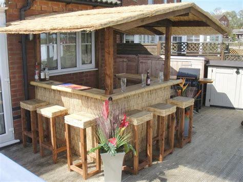 pinterest bar backyard tiki bars best 25 outdoor tiki bar ideas on