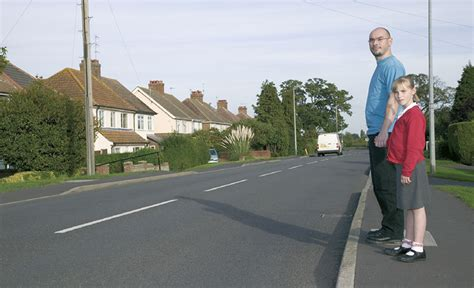 how to get more people on cross road rules for pedestrians 1 to 35 the highway code