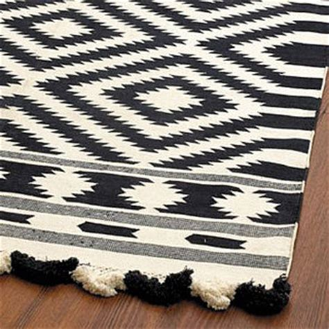 What Is A Dhurrie Rug by And New Ballard Designs Elina Dhurrie Rug Popsugar