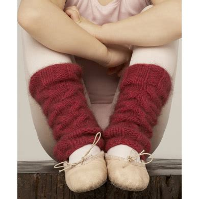 leg warmers knitting pattern 8 ply sand cable leg warmers by zealana knitting patterns