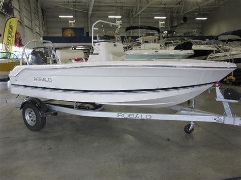16 foot center console boat 2016 robalo r160 center console 16 foot 2016 boat in