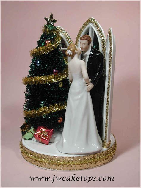 The Jayne Williams Collection   Christmas Wedding Cake