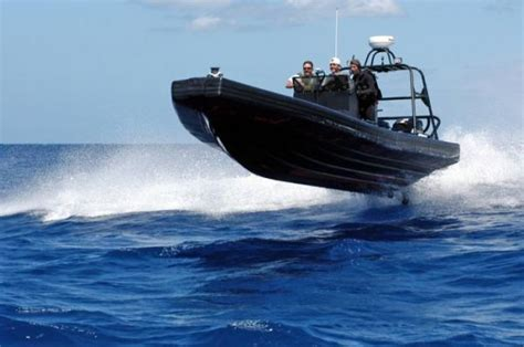 funny speedboat quotes humorous funny pictures amazing speed boat fav