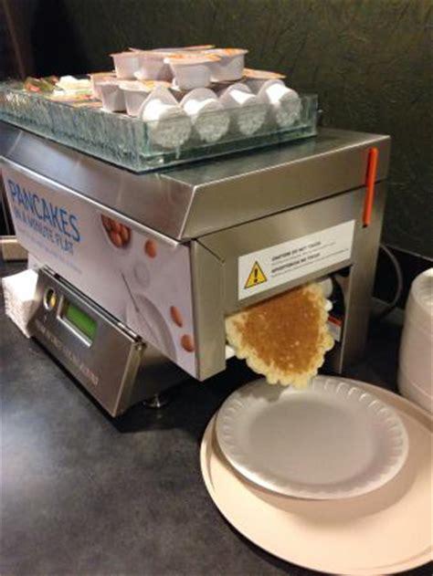 Pancake Machine G coolest pancake maker obr 225 zek za蝎 237 zen 237 inn express lewiston lewiston tripadvisor