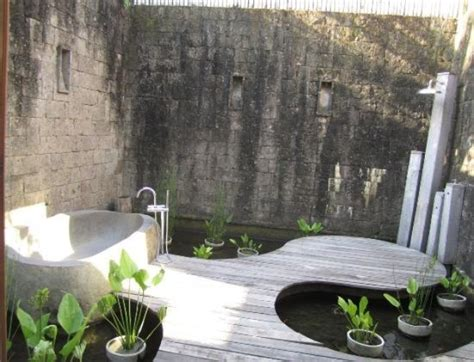 Outdoor Bathroom Ideas 45 Outdoor Bathroom Designs That You Gonna Digsdigs