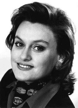 Vesselina Kasarova (Mezzo-soprano) - Short Biography