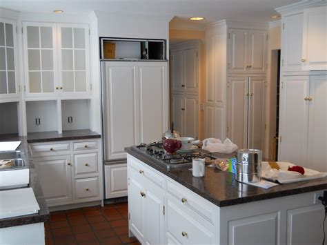 white kitchen cabinets trend quicua