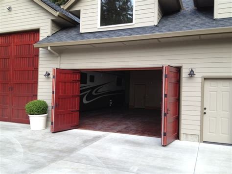 Bifold Garage Door by Bi Fold Carriage Doors Portland Or Traditional