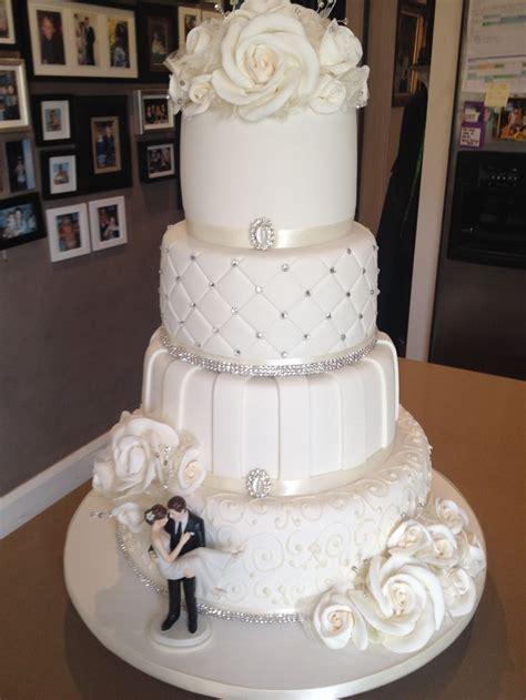 New Four Tier Wedding Cake 4 Tier Wedding Cake 12 Layers Of Cake