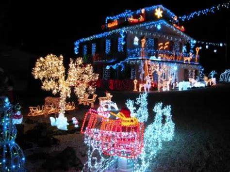 casa illuminata per natale la casa dalle mille e pi 249 2011 wmv