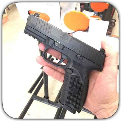 Magazine Fn 1911 Call 6 Mm fn 509 9mm pistol with 2 17 magazines 66 100002