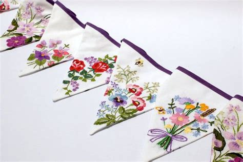 Laris Banner Flag Bunting Flag Custom Diy Do It Yourself 26 best images about project embroidered bunting on