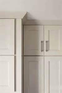 shaker crown moulding cabinetry