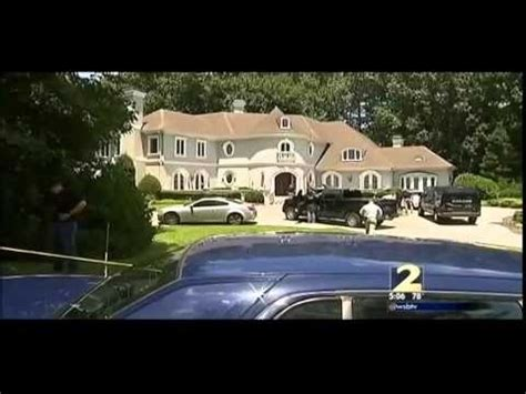 Thug House by Federal Agents Raid Home Of Thug