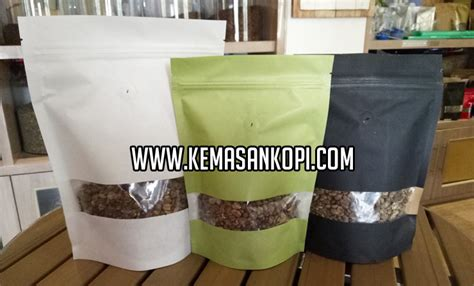 Standing Pouch Cokelat With Valve 1kg Kemasan Kopi stand up pouch black white green paper jpw packaging