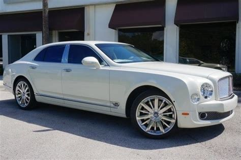 bentley phantom white used 2016 bentley mulsanne mulliner ghost white pearl