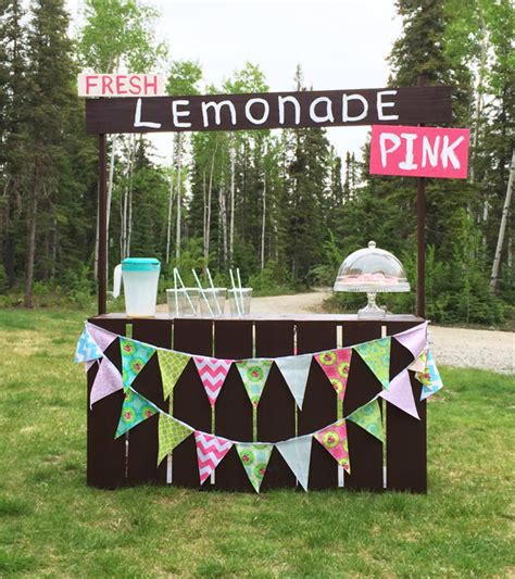 diy lemonade stand white fence picket lemonade stand diy projects